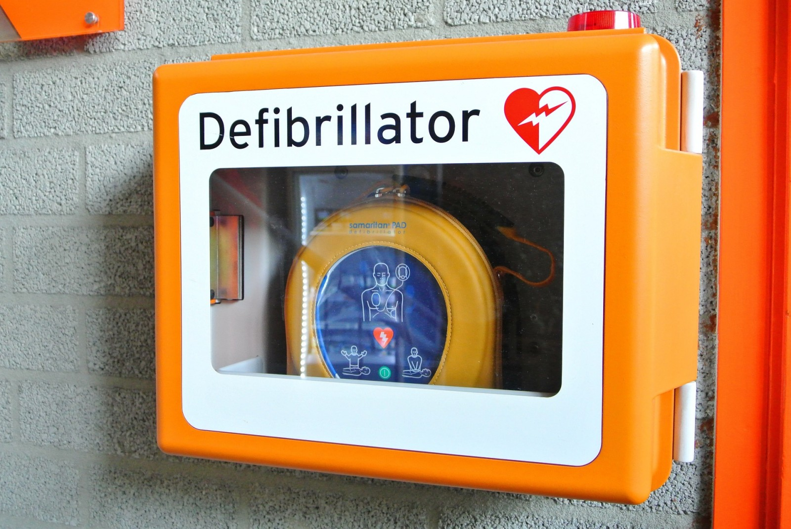 i defibrillatori sono obbligatori