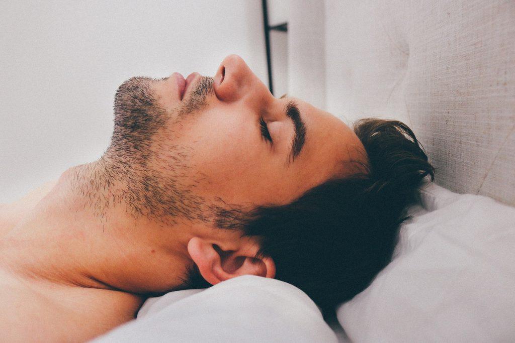 rimedi naturali per smettere di russare